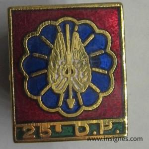 25° Division Parachutiste DP Pin's (bleu foncé)