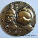 Sapeurs Pompiers superbe médaille avec son coffret de présentation 80 mm
