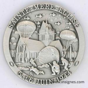 6 Juin 1944 Débarquement Sainte Mère l'Eglise Airborne Médaille 40 mm